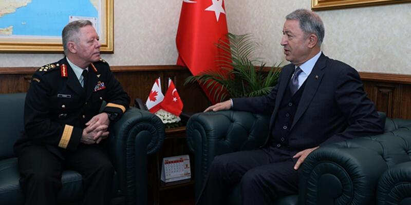 Bakan Akar, Kanada Genelkurmay Başkanı Vance'i kabul etti