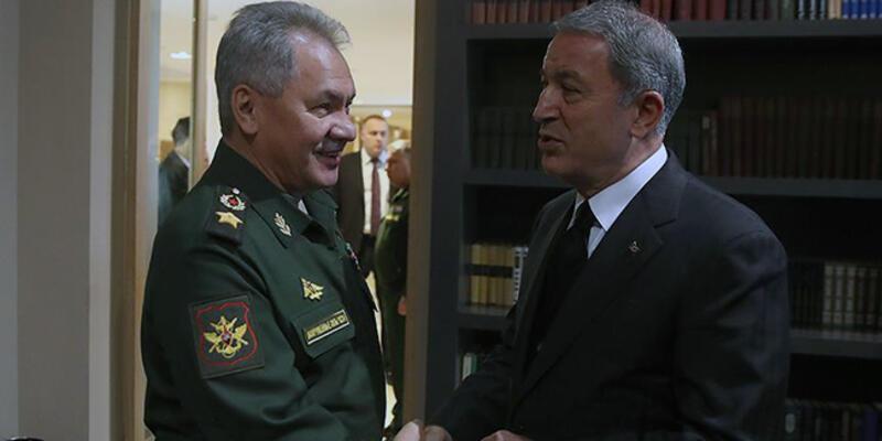Son dakika: Bakan Akar, Rus mevkidaşıyla telefonda görüştü
