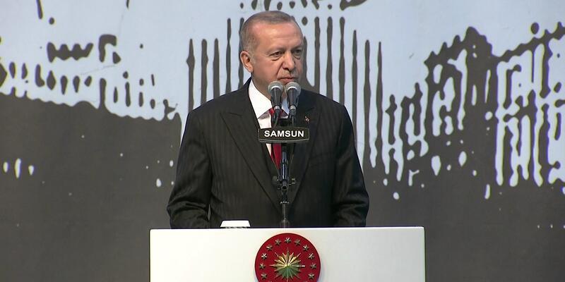 Erdoğan, gençler ve sporcularla iftarda bir araya geldi