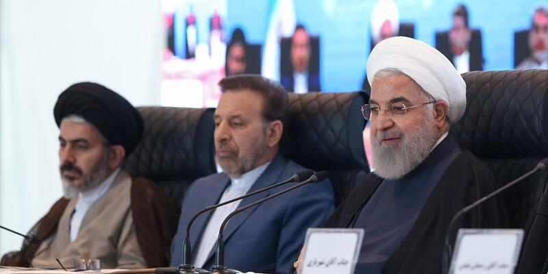 Hasan Ruhani'den peş peşe açıklamalar