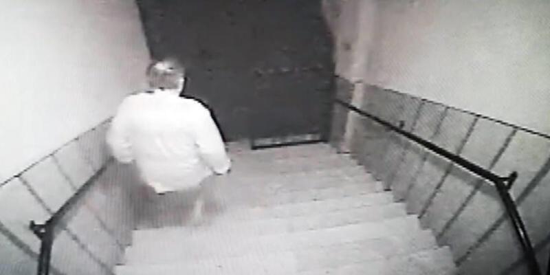 Ev sahibi tarafından silahla kovalanan hırsız suç makinesi çıktı