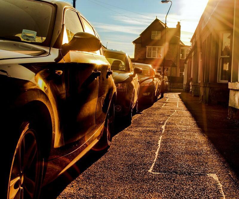 Koyu renkli arabası olanlar dikkat!