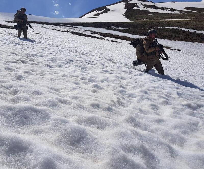 Başkale'de terör örgütü PKK'ya ait cephanelik ele geçirildi